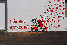 Tauranga-Another apparent Banksy appears in city