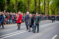 RHENEN - Prinses Margriet en Pieter van Vollenhoven zijn aanwezig op Militair Ereveld Grebbeberg tijdens Dodenherdenking op de Grebbeberg. <br /> <br /> 04-05-2017 Rhenen Princess Margriet and Pieter van Vollenhoven and Prince Pieter-Christiaan attend the 71st year commemoration of WWII at the Militair Ereveld Grebbeberg in Rhenen.  copyright robin utrecht