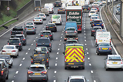 © Licensed to London News Pictures. 21/12/2018. Dartford, UK. M25 Christmas getaway traffic chaos has started,  Anti-cloclwise the traffic is reduced to 40mph towards Dartford crossing approach in Kent. Photo credit: Grant Falvey/LNP