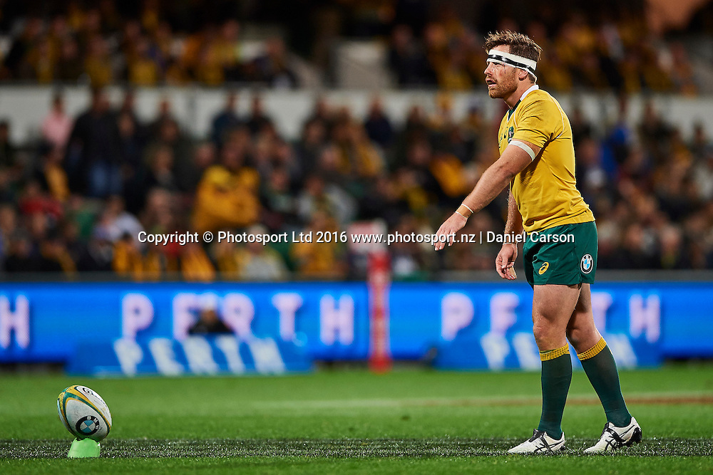 Bernard Foley of the Qantas Wallabies looks to kick for conversion during the Rugby Championship test match between the Australian Qantas Wallabies and Argentina's Los Pumas from NIB Stadium - Saturday 17th September 2016 in Perth, Australia. © Copyright Photo by Daniel Carson / www.photosport.nz)