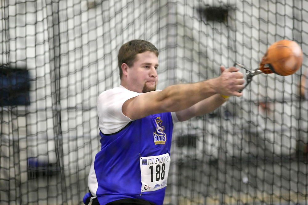 Windsor, Ontario ---13/03/09--- Jim Steacy of  the University of Lethbridge competes in the men's weight throw at the CIS track and field championships in Windsor, Ontario, March 13, 2009..Sean Burges Mundo Sport Images