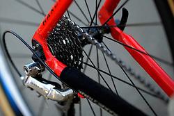 31-01-2009 VELDRIJDEN: WK BELOFTEN: HOOGERHEIDE<br /> item veldrijden ketting tandwielen fiets illustratief<br /> ©2009-WWW.FOTOHOOGENDOORN.NL
