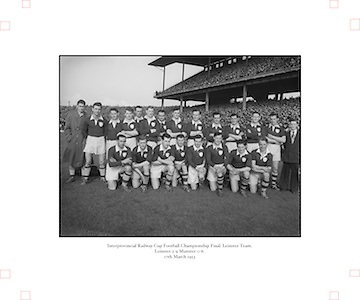 1953.155/2185-2186.17031953IPHCF.17.03.1953.17. March 1953.17. Mar 1953.Interprovincial Railway Cup Football Championship - Leinster Football Team.Leinster 2-9 | Munster 0-6..FOOTBALL.- Wrong Folder........................................
