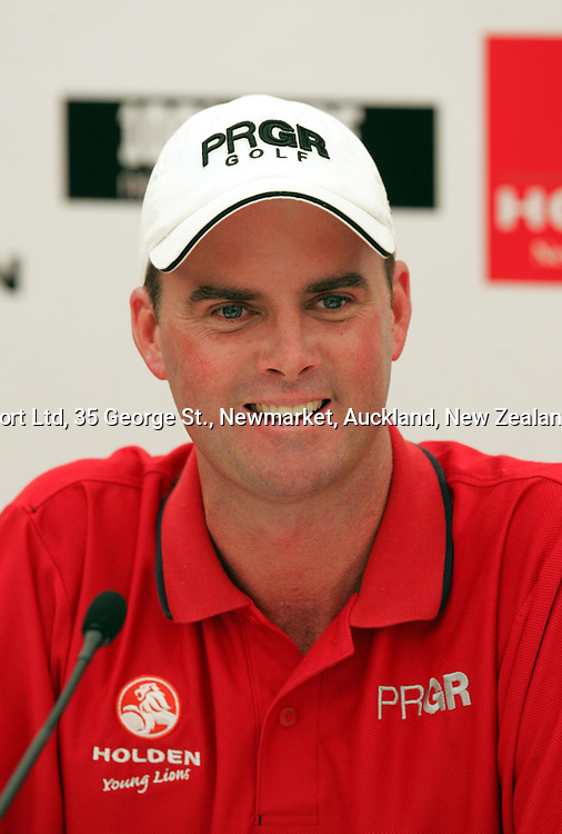 David Smail smiles during a New Zealand Open press conference, at Gulf Harbour, Whangaparoa, on Tuesday 8th February, 2005. The New Zealand Open is due to start on Thursday.<br />