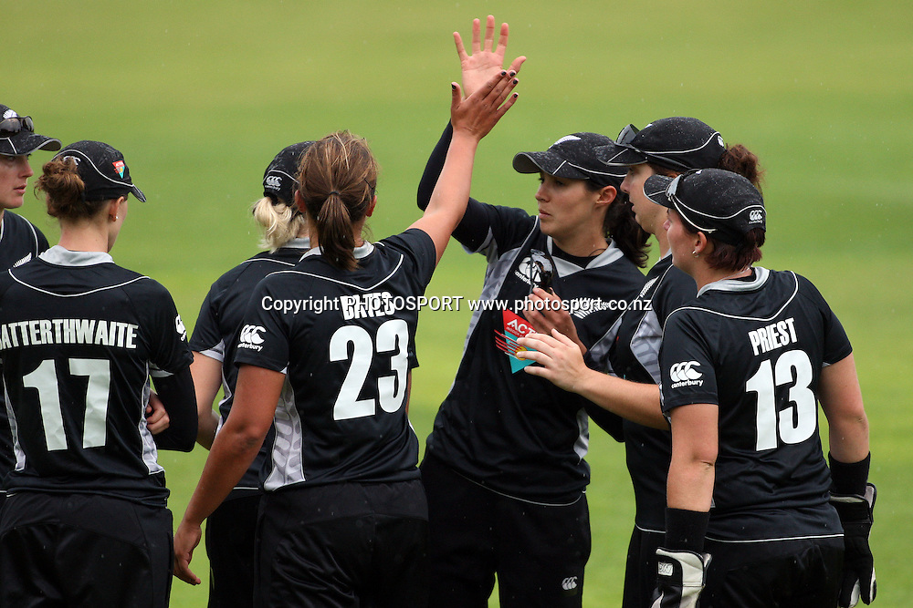 New Zealand celebrate a wicket, New Zealand White Ferns v Australia, Rosebowl cricket series, One day international, Queens Park, Invercargill. 7 March 2010. Photo: William Booth/PHOTOSPORT