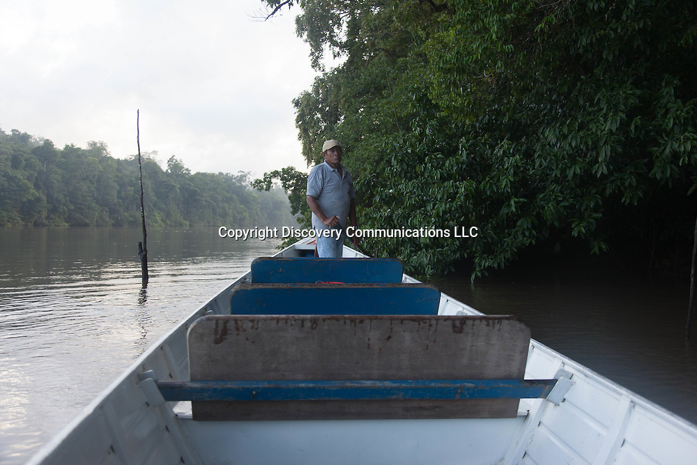 French Guyana. Amazonas forest and river. Approuague river in amazonia, film crew , extreme expeditions,      / le fleuve Approuague en amazonie , l equipe de production de films, extreme expeditions.  guyane.