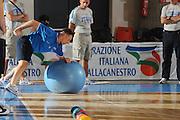 DESCRIZIONE : Bormio Raduno Collegiale Nazionale Italiana Maschile Allenamento<br /> GIOCATORE : Francesco Cuzzolin Preparatore Atletico<br /> SQUADRA : Nazionale Italia Uomini <br /> EVENTO : Raduno Collegiale Nazionale Italiana Maschile <br /> GARA : <br /> DATA : 30/06/2010 <br /> CATEGORIA : <br /> SPORT : Pallacanestro <br /> AUTORE : Agenzia Ciamillo-Castoria/GiulioCiamillo<br /> Galleria : Fip Nazionali 2010 <br /> Fotonotizia : Bormio Raduno Collegiale Nazionale Italiana Maschile Allenamento<br /> Predefinita :