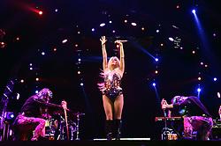Kesha no palco central do Planeta Atlântida 2015, que acontece nos dias 30 e 31 de Janeiro de 2015, na Saba, em Atlântida. FOTO: Vinicius Costa/ Agência Preview