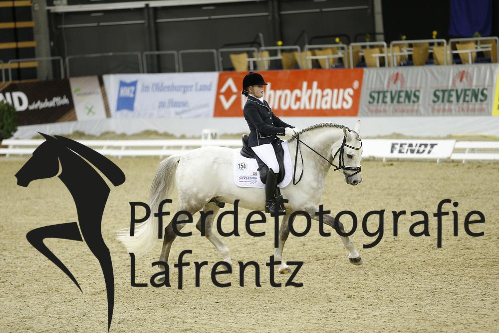 Sieverding, Marlene, Doubtless<br /> Oldenburg - Agravis Cup<br /> Nationale Dressur<br /> © www.sportfotos-lafrentz.de/ Stefan Lafrentz
