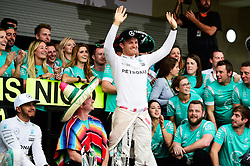 Formel 1: GP von Mexiko 2016 - Rennen in Mexiko-Stadt / 301016<br /> <br /> ***Nico Rosberg (GER) Mercedes AMG F1 and race winner Lewis Hamilton (GBR) Mercedes AMG F1 celebrate with the team.<br /> 30.10.2016. Formula 1 World Championship, Rd 19, Mexican Grand Prix, Mexico City, Mexico, Race Day.<br />  Copyright: Price / XPB Images / action press ***