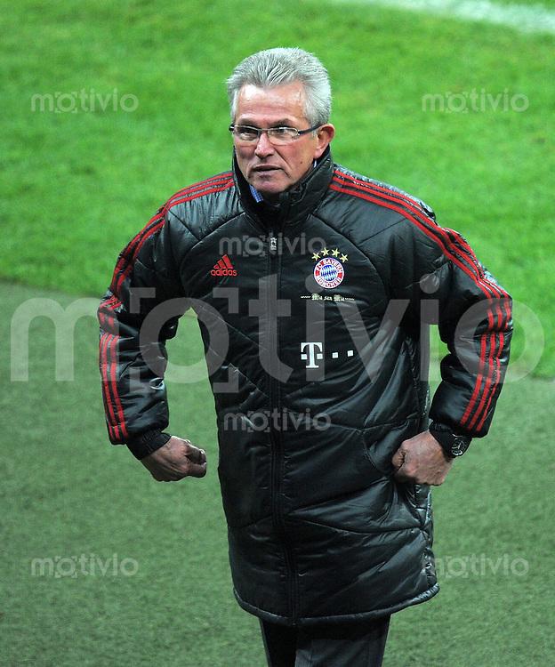FUSSBALL   1. BUNDESLIGA  SAISON 2011/2012   13. Spieltag FC Bayern Muenchen - Borussia Dortmund        19.11.2011 Trainer Jupp Heynckes  (FC Bayern Muenchen)