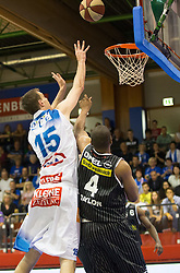 17.05.2015, Walfersamhalle, Kapfenberg, AUT, ABL, ece Bulls Kapfenberg vs magnofit Guessing Knights, 3. Semifinale, im Bild Martin Kohlmaier (Kapfenberg) Travis Taylor (Guessing) // during the Austrian Basketball League, 3th semifinal, between ece Bulls Kapfenberg and magnofit Guessing Knights at the Sportscenter Walfersam, Kapfenberg, Austria o00000n 2015/05/17, EXPA Pictures © 2015, PhotoCredit: EXPA/ Dominik Angerer