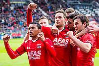 ALKMAAR - 16-04-2016, AZ - PEC Zwolle, AFAS Stadion, AZ speler Vincent Janssen (m) heeft de 1-0 gescoord, AZ speler Dabney dos Santos Souza, AZ speler Alireza Jahanbakhsh, AZ speler Joris van Overeem, juicht, juichen.