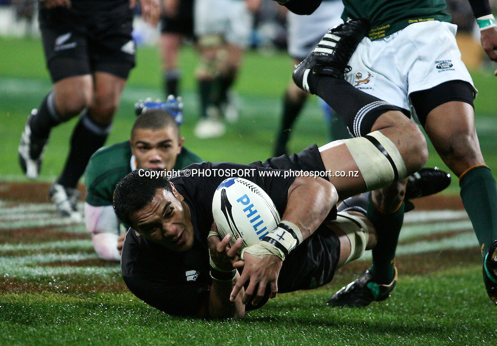 All Black Jerome Kaino dives over for his disallowed try. Philips Tri Nations, All Blacks vs South Africa, Westpac Stadium, Wellington, New Zealand, Saturday 5 July 2008. Photo: John Cowpland/PHOTOSPORT