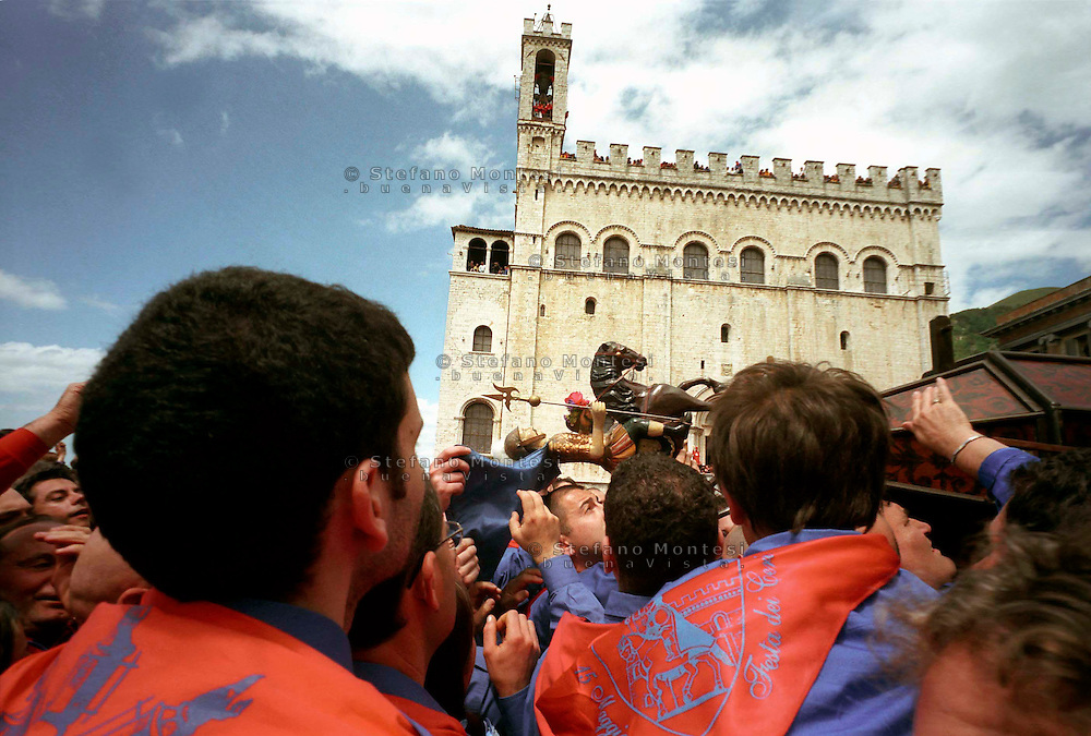 Gubbio 15 MAY 2007..Festival of the Ceri..The raising, ?Alzata? of the Ceri  the morning..The cero of St George  ....http://www.ceri.it/ceri_eng/index.htm..
