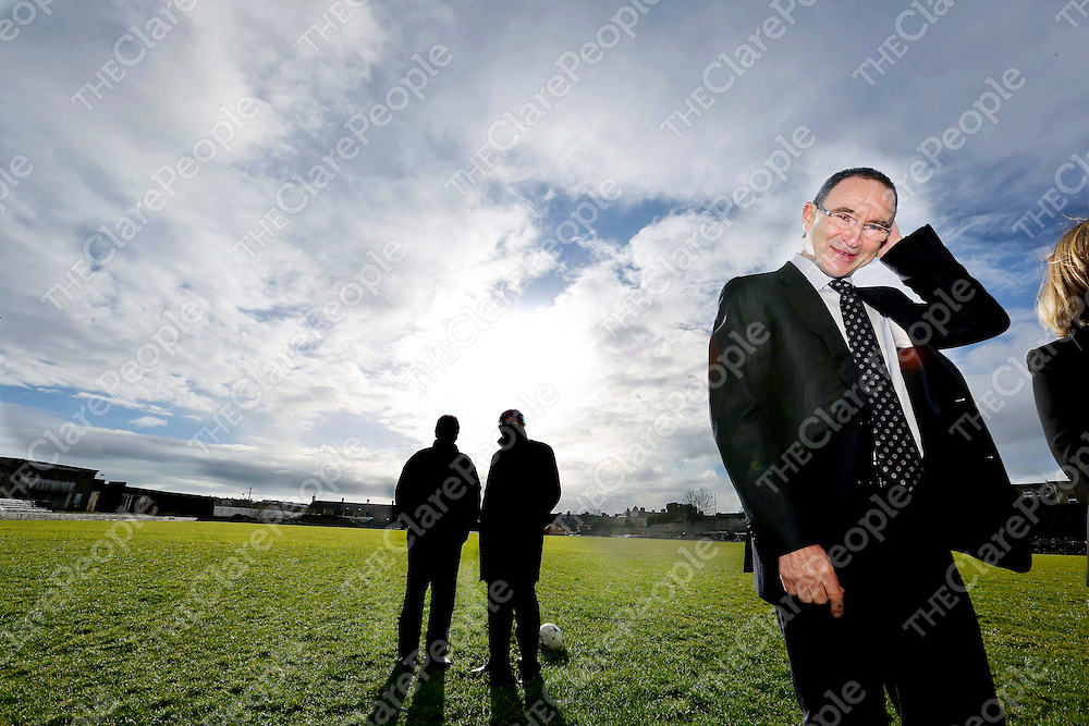 Irish Soccer Boss Martin O Neill pictured in Limerick City to visit the FAI co-funded devlopment of the Marketsfield Project.The stadium will accommodate more than 3,000 people and will play host to Limerick FC matches and become a centre for sports and community organisations in Limerick.<br /> Pic. Brian Arthur/ Press 22.