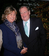 The Earl and Countess of Suffolk. Cartier dinner after thecharity preview of the Chelsea Flower show. Chelsea Physic Garden. 23 May 2005. ONE TIME USE ONLY - DO NOT ARCHIVE  © Copyright Photograph by Dafydd Jones 66 Stockwell Park Rd. London SW9 0DA Tel 020 7733 0108 www.dafjones.com