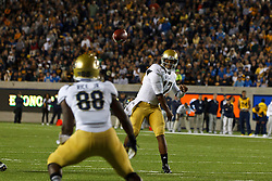 BERKELEY, CA - OCTOBER 06: Quarterback Brett Hundley #17 of the UCLA Bruins passes to wide receiver Jerry Rice Jr. #88 during the first quarter against the California Golden Bears at California Memorial Stadium on October 6, 2012 in Berkeley, California. The California Golden Bears defeated the UCLA Bruins 43-17. (Photo by Jason O. Watson/Getty Images) *** Local Caption *** Brett Hundley; Jerry Rice Jr.