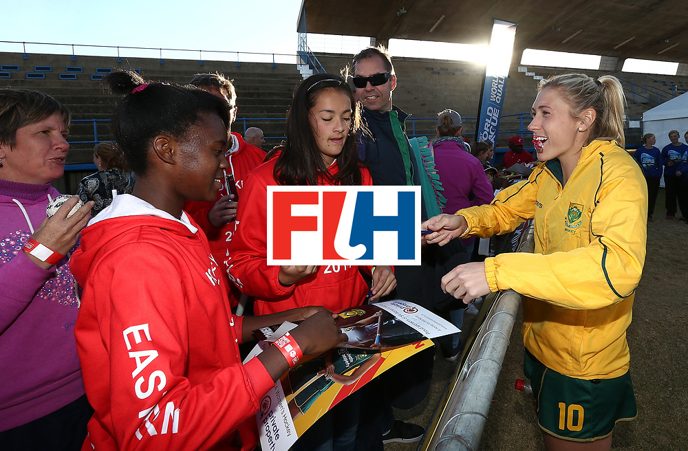 JOHANNESBURG, SOUTH AFRICA - JULY 20:  Shelley Jones of South Africa chats with fans after the 5th/ 8th place play-off match between South Africa and Ireland at Wits University on July 20, 2017 in Johannesburg, South Africa.  (Photo by Jan Kruger/Getty Images for FIH)