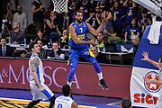 DESCRIZIONE : Eurolega Euroleague 2015/16 Group D Dinamo Banco di Sardegna Sassari - Maccabi Fox Tel Aviv<br /> GIOCATORE : Brian Randle<br /> CATEGORIA : Passaggio Penetrazione<br /> SQUADRA : Maccabi Fox Tel Aviv<br /> EVENTO : Eurolega Euroleague 2015/2016<br /> GARA : Dinamo Banco di Sardegna Sassari - Maccabi Fox Tel Aviv<br /> DATA : 03/12/2015<br /> SPORT : Pallacanestro <br /> AUTORE : Agenzia Ciamillo-Castoria/L.Canu