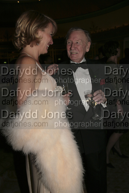 Emma Thompson and Leslie Phillips, Cocktail party before the  27th Annual London Film Critics' Circle Awards. In aid of the NSPCC. Dorchester. 8 February 2007.  -DO NOT ARCHIVE-© Copyright Photograph by Dafydd Jones. 248 Clapham Rd. London SW9 0PZ. Tel 0207 820 0771. www.dafjones.com.