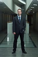 11 APR 2014, BERLIN/GERMANY:<br /> Klaus Mueller, Vorsitzender Verbraucherzentrale Bundesverband e.V., vzbv<br /> IMAGE: 20140411-01-054<br /> KEYWORDS: Klaus Müller