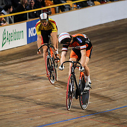 Finale NK sprint tussen Matthijs Buchli en Hugo Haak. Buchli was de sterkste over 3 ritten