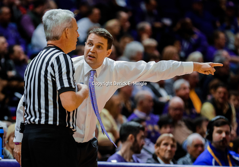 Jan 23, 2018; Baton Rouge, LA, USA; LSU Tigers head coach Will Wade argues with an official during the second half against the Texas A&M Aggies at the Pete Maravich Assembly Center. LSU defeated Texas A&M 77-65. Mandatory Credit: Derick E. Hingle-USA TODAY Sports
