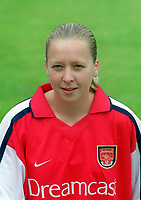Pauline MacDonald - Arsenal Ladies Photo call, 23/7/00. Credit: Colorsport.