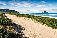 Dirt road at Moçambique Beach. Florianópolis, Santa Catarina, Brazil. / <br /> Estrada de terra na Praia do Moçambique. Florianópolis, Santa Catarina, Brasil.