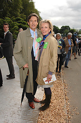 NIGEL HAVERS and his wife GEORGINA at the 2008 Chelsea Flower Show 19th May 2008.<br />