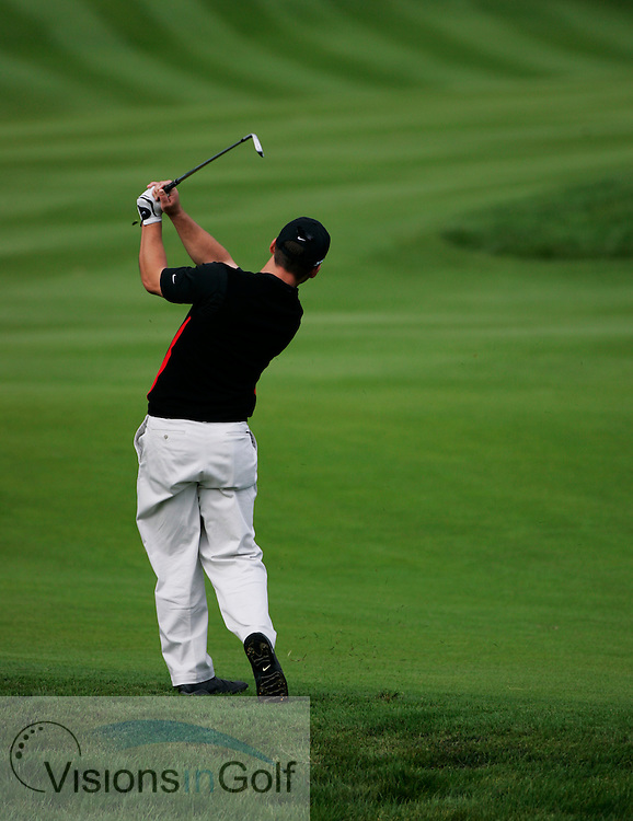 Paul Casey swing sequence from down the line 061002<br /> Picture Credit: Mark Newcombe / visionsingolf.com