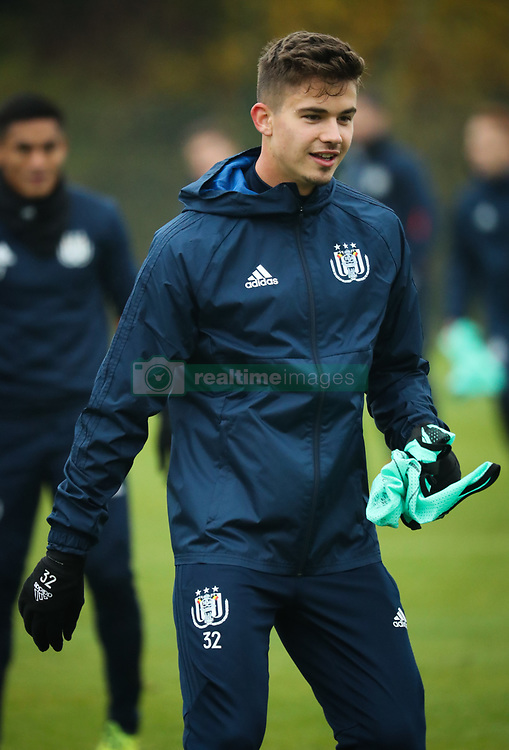 November 21, 2017 - Brussels, BELGIUM - Anderlecht's Leander Dendoncker pictured during a training of Belgian soccer team RSC Anderlecht, Tuesday 21 November 2017 in Brussels. Tomorrow Anderlecht is playing a game in the group stage (Group B) of the UEFA Champions League competition against German Bayern Munich. BELGA PHOTO VIRGINIE LEFOUR (Credit Image: © Virginie Lefour/Belga via ZUMA Press)