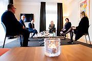 Den Haag , 2-7-2020 , Engelen & Spoor Uitvaartverzorging <br /> <br /> Koningin Maxima tijdens een werkbezoek aan een uitvaartonderneming in Den Haag. Het bezoek vond plaats in het kader van de impact van de coronapandemie op de uitvaartbranche. De uitbraak van COVID-19 heeft het werk in de uitvaartbranche ingrijpend veranderd.  Koningin Máxima sprak bij Engelen & Spoor Uitvaartverzorging in Den Haag over deze veranderingen<br /> <br /> Queen Maxima during a working visit to a funeral home in The Hague. The visit took place in the context of the impact of the corona pandemic on the funeral industry. The outbreak of COVID-19 has drastically changed the work in the funeral industry. Queen Máxima spoke about these changes at Engelen & Spoor Funeral Services in The Hague