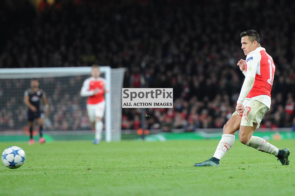 Arsenals Alexis Sanchez in action during the Arsenal v Dinamo Zagreb game in the UEFA Champions League on the 24th November 2015 at the Emirates Stadium.