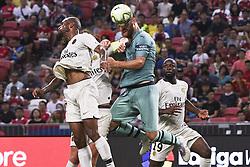2018?7?28?.??????——?????????????????????????..7?28????????Shkodan Mustafi?20??????????????????????????.???? ??????..Arsenal player Shkodan Mustafi (No 20, C) heads the ball in the International Champions Cup match between Arsenal and Paris Saint-Germain held in Singapore's National Stadium on Jul 28, 2018..By Xinhua, Then Chih Wey..??????????2018?7?28? (Credit Image: © Then Chih Wey/Xinhua via ZUMA Wire)