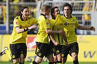 Fotball<br /> Tyskland<br /> 02.04.2011<br /> Foto: Witters/Digitalsport<br /> NORWAY ONLY<br /> <br /> 1:1 Jubel v.l. Neven Subotic, Sven Bender, Torschuetze Mario Goetze mit der Rueckennummer von Dede unterm Trikot, Mats Hummels (Dortmund)<br /> Bundesliga, Borussia Dortmund - Hannover 96 4:1