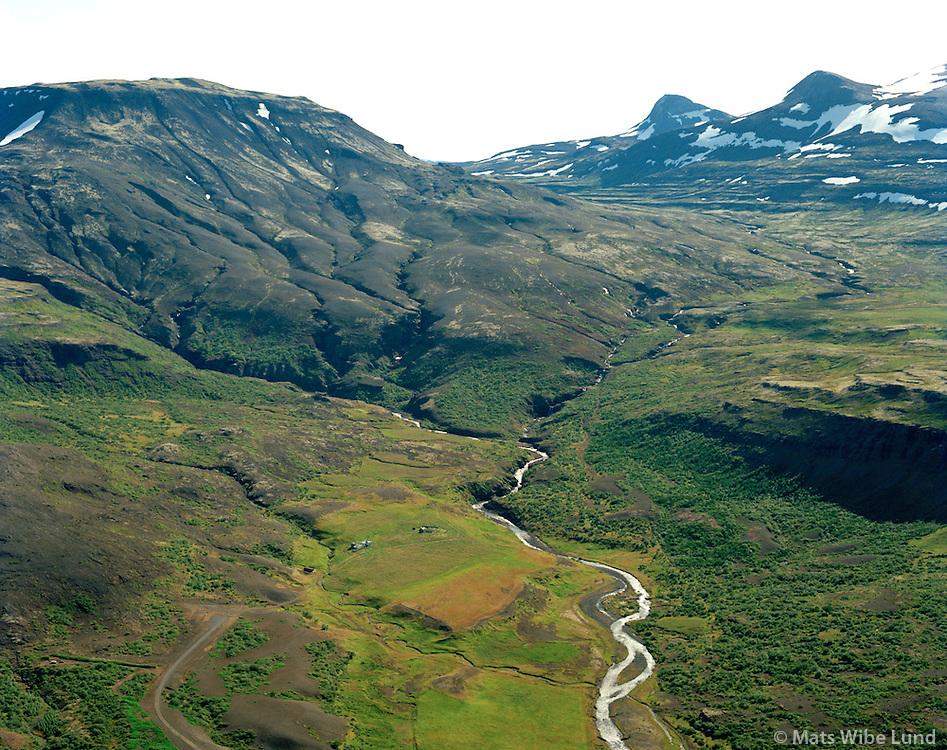 Stóri-Botn séð til austurs, Hvalfjarðarsveit áður Hvalfjarðarstrandarhreppur / Stori-Botn vieiwng east, Hvalfjardarsveit former Hvalfjardarstrandarhreppur.