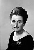 1963 - Maire Ní  Neill, Gael Linn Actress