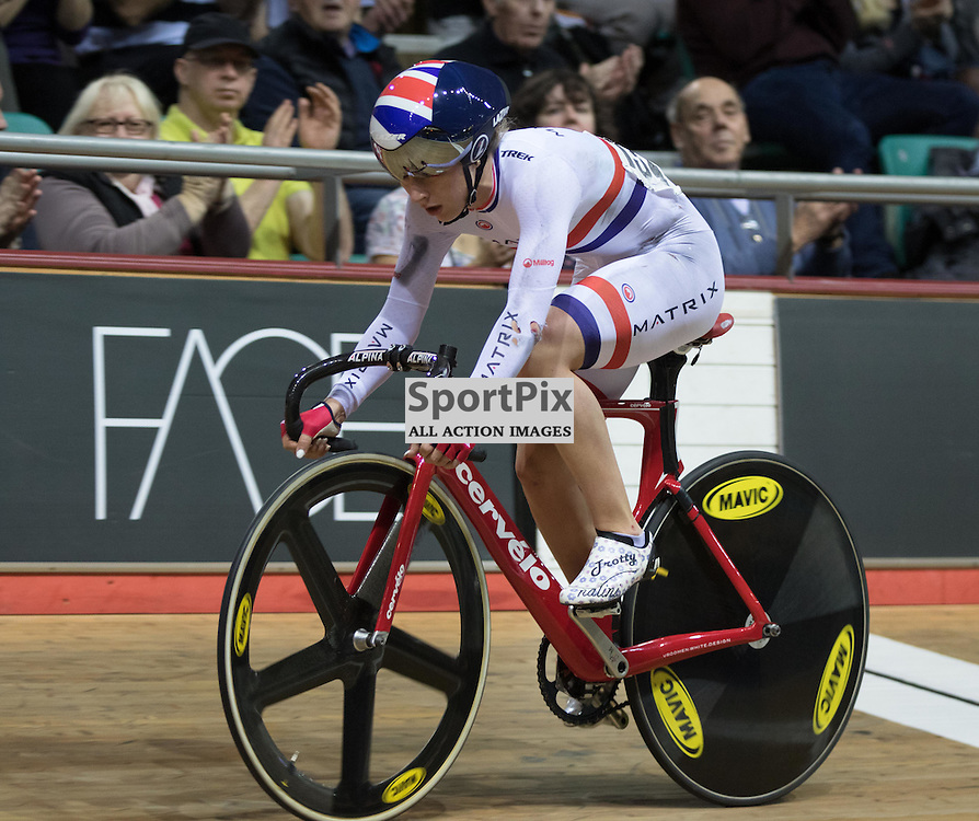 Laura Trott continues with the 20km Points Race despite falling twice during the Revoultion Series 2015/6 Round 5 Manchester, on 2 January 2016 ( (Photo by Mike Poole - SportPix)