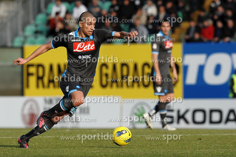 22.01.2012, Stadion Communale Artemio Franchi, Siena, ITA, Serie A, AC Siena vs SSC Neapel, 19. Spieltag, im Bild Gokhan Inler Napoli // during the football match of Italian 'Serie A' league, 19th round, between AC Siena and SSC Neapel at Comunale Artemio Franchi stadium, Siena, Italy on 2012/01/22. EXPA Pictures © 2012, PhotoCredit: EXPA/ Insidefoto/ Andrea Staccioli..***** ATTENTION - for AUT, SLO, CRO, SRB, SUI and SWE only *****