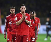 FUSSBALL 1. BUNDESLIGA   SAISON 2019/2020   SUPERCUP FINALE Borussia Dortmund - FC Bayern Muenchen    03.09.2019 Niklas Suele applaudiert enttaeuscht den FC Bayern Muenchen-Fans DFL regulations prohibit any use of photographs as image sequences and/or quasi-video.