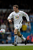 Photo: Jed Wee.<br />Leeds United v Southend United. Coca Cola Championship. 28/10/2006.<br /><br />Leeds' Ian Moore strides through to score their opening goal.