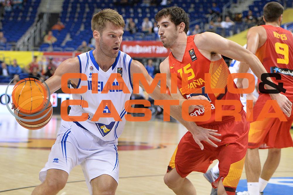 DESCRIZIONE : Berlino Berlin Eurobasket 2015 Group B Spain Iceland<br /> GIOCATORE : Jon Stefansson<br /> CATEGORIA :Palleggio<br /> SQUADRA : Iceland<br /> EVENTO : Eurobasket 2015 Group B <br /> GARA : Spain Iceland<br /> DATA : 09/09/2015 <br /> SPORT : Pallacanestro <br /> AUTORE : Agenzia Ciamillo-Castoria/Mancini Ivan<br /> Galleria : Eurobasket 2015 <br /> Fotonotizia : Berlino Berlin Eurobasket 2015 Group B Spain Iceland