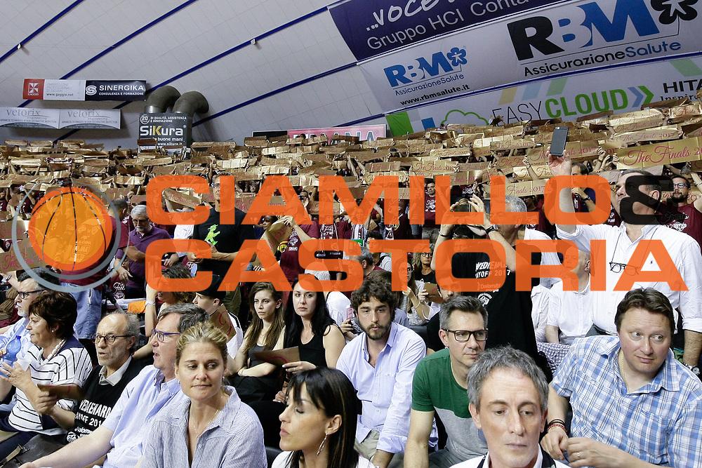 Coreografia Venezia - Finals<br /> Umana Reyer Venezia - Dolomiti Energia Aquila Basket Trento<br /> Lega Basket Serie A 2016/17 Finali Gara 01<br /> Venezia, 10/06/2017<br /> Foto Ciamillo-Castoria / M. Brondi