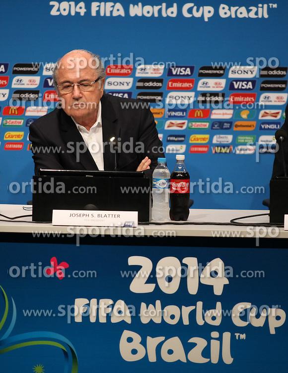 13.07.2014, Maracana, Rio de Janeiro, BRA, FIFA WM, Pressekonferenz Sepp Blatter, Finale, im Bild FIFA Präsident Sepp Blatter // FIFA President Joseph Blatter during Pressconference of the FIFA Worldcup Brazil 2014 at the Maracana in Rio de Janeiro, Brazil on 2014/07/13. EXPA Pictures © 2014, PhotoCredit: EXPA/ Eibner-Pressefoto/ Cezaro<br /> <br /> *****ATTENTION - OUT of GER*****