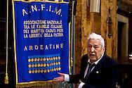 Roma, 29 Settemmbre  2015<br /> Funerale della partigiana Lucia Ottobrini, decorata con Medaglia d'argento al Valor militare, era ritenuta la gappista più odiata da Kappler,comandante della Gestapo a Roma. Insieme al marito Mario Fiorentini, e ad altri partigiani, avevano ideato l'attentato di Via Rasella.Il marito Mario Fiorentini,comandante partigiano dei GAP, i due furono tra gli organizzatori dell azione militare di via Rasella.<br /> Rome, 29 Settemmbre 2015<br /> Funeral of partisan Lucia Ottobrini, decorated with Silver Medal for Military Valour, was considered the most hated Gappista by Kappler, commander of the Gestapo in Rome. Together with her husband Mario Fiorentini, and other partisans, had designed military action in Via Rasella. The  husband Mario Fiorentini, partisan commander of GAP, the two were among the organizers of military action in Via Rasella.