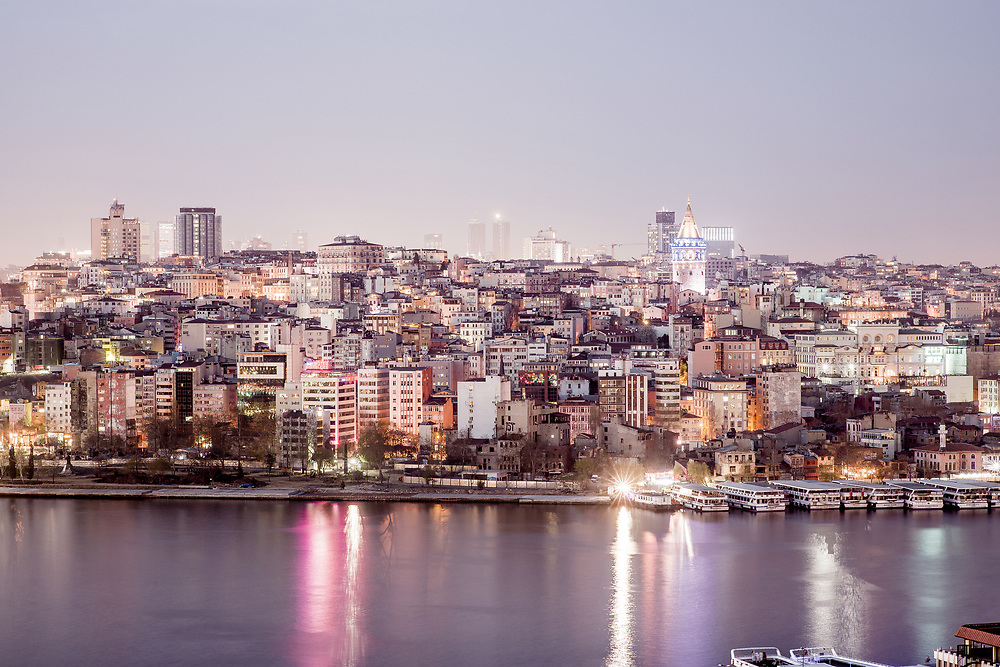 Title: Istanbul #4<br /> Year: 2017<br /> Place: Istanbul, Turkey<br /> Photographer: Ezequiel Scagnetti &copy;<br /> <br /> This image is property of photographer Ezequiel Scagnetti and is protected under Belgian and international copyright law. Unless written consent of photographer Ezequiel Scagnetti, this image cannot be reproduced, transmitted, manipulated or copied. Violators will be prosecuted, worldwide.