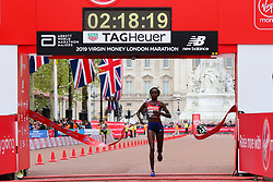 © Licensed to London News Pictures. 28/04/2019. London, UK. Brigid Kosgei wins the women's race at the London Marathon 2019. Photo credit: Dinendra Haria/LNP