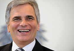 24.01.2012, Bundeskanzleramt, Wien, AUT, Bundesregierung, Sitzung des Ministerrats, im Bild Bundeskanzler Werner Faymann lachend// during the council of ministers, Chancellors office, Vienna, 2012-01-24, EXPA Pictures © 2012, PhotoCredit: EXPA/ M. Gruber